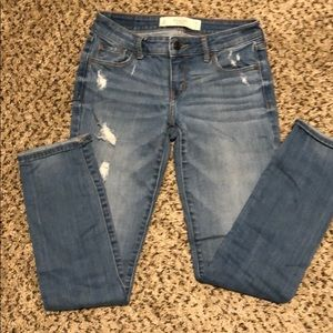 Straight Leg Destroyed Jeans